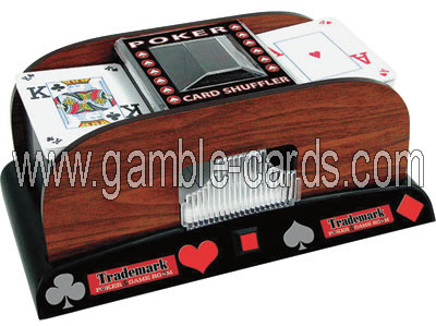 Poker card shuffler